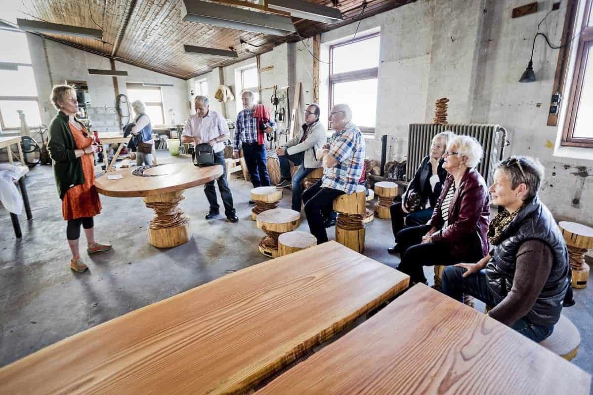 rundvisning og kreativ process paa woodnwonders vaerksted