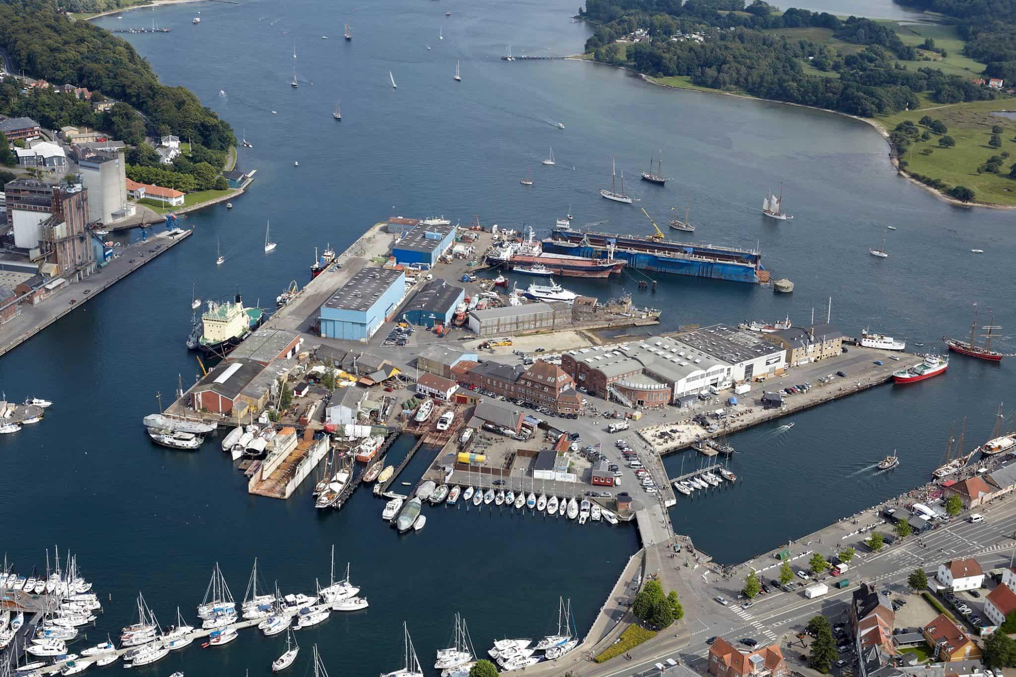 Luftfoto over Svendborg Havn og Frederiksø.